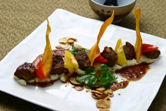 Saikoro Steak 4 ラム肉山椒てりやきソース 23ドル
