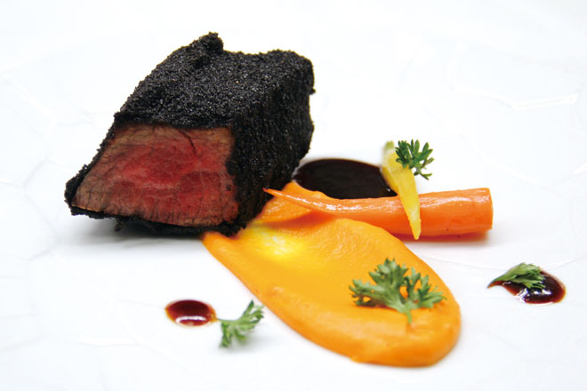 323web_Iberian-Presa-Charcoal-Fried,-Carrot-&-Toasted-Coffee_1
